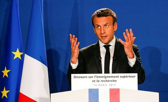 Франция решила помогать молодым переводчикам